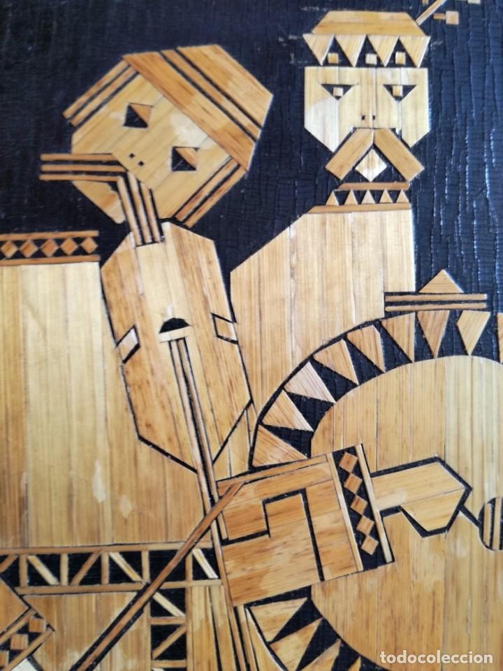 Arte: CUADRO RUSO DE MADERA CON INCRUSTACIONES DE PAJA MUSICOS. 1977. HECHO A MANO - Foto 2 - 213436686