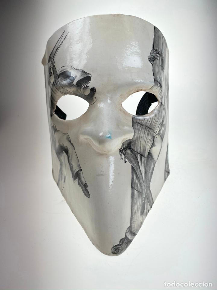 Arte: Máscara Veneciana de Carnaval con dibujo erótico pintada a mano - Única - Foto 3 - 214845802