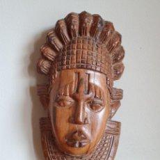 Arte: MÁSCARA TRADICIONAL AFRICANA ANTIGUA TALLADA A MANO EN MADERA, TIPO MÁSCARA DE BENÍN DE USO RITUAL .. Lote 214856203