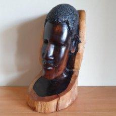 Arte: ESCULTURA ANTIGUA AFRICANA EN MADERA MACIZA DE ÉBANO, BUSTO DE NATIVO DE GUINEA ECUATORIAL .. Lote 214858073