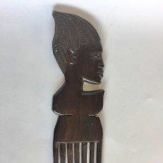 Arte: PEINE DE AFRICA TALLADO EN ÉBANO. TRAÍDO DEL CONGO. MADERA DE ÉBANO. Lote 215170358