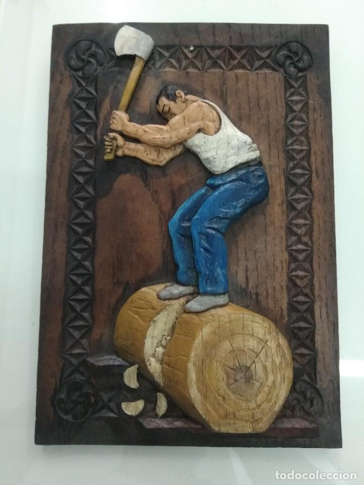 Arte: Cuadro antiguo relieve AIZKOLARI DEPORTE VASCO Tallado y policromado lauburu Pais Vasco - Foto 2 - 218685587