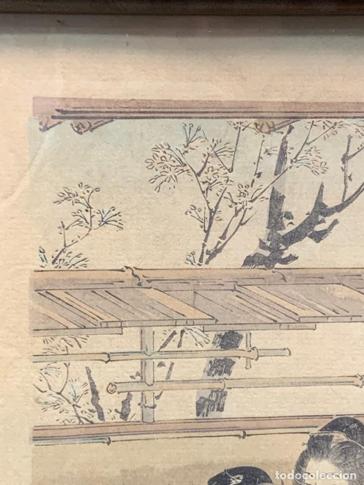Arte: GRABADO JAPONES UKIYO E DELICADA ESCENA VIDA COTIDIANA GEISHAS KIMONO JAPON PPIO S XX 37,5X27CMS - Foto 2 - 220552655