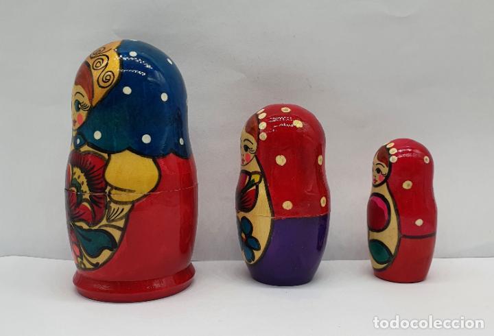 Arte: Original juego de muñecas antiguas Rusas Matrioskas en madera pintadas a mano . - Foto 2 - 221468107