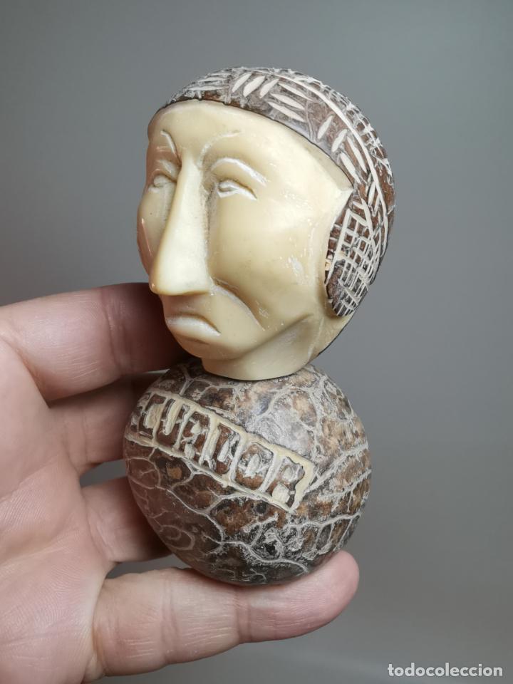FIGURA ETNICA REALIZADA CON MARFIL VEGETAL TALLADO -NUEZ DE TAWA-ECUADOR- (Arte - Étnico - América)