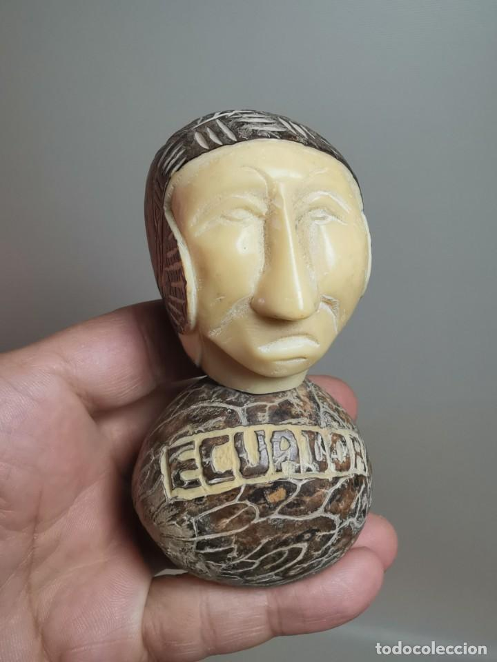 Arte: FIGURA ETNICA REALIZADA CON MARFIL VEGETAL TALLADO -NUEZ DE TAWA-ECUADOR- - Foto 2 - 222271953