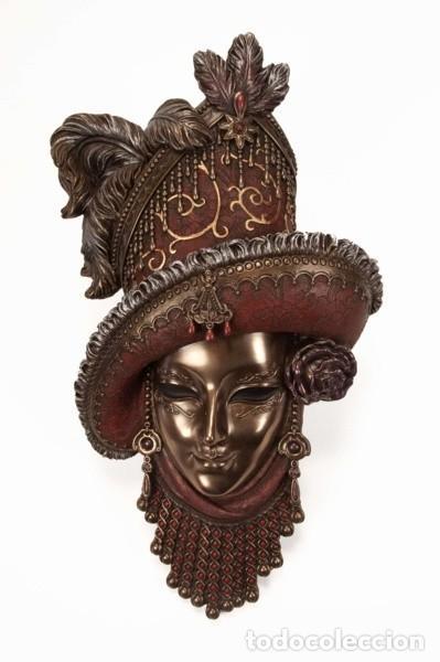 Arte: Máscara Veneciana de época. 32x18x6 cm - Foto 2 - 222385496