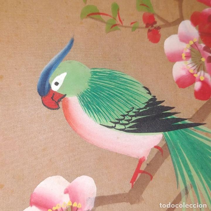 Arte: 3 ANTIGUOS PAY-PAY CHINOS. EN SEDA PINTADA Y MADERA. CHINA. SIGLO XIX-XX - Foto 9 - 222561667