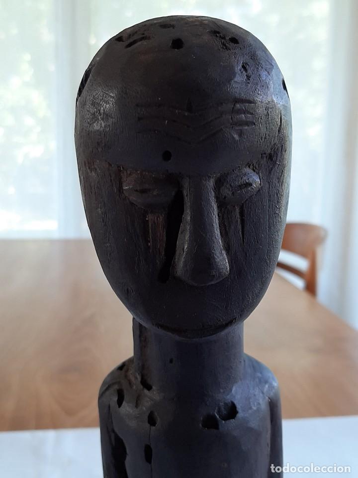 Arte: R 1905 Figura antropomorfoga antigua de madera africana etnia fang Guinea Ecuatorial - Foto 6 - 222873768