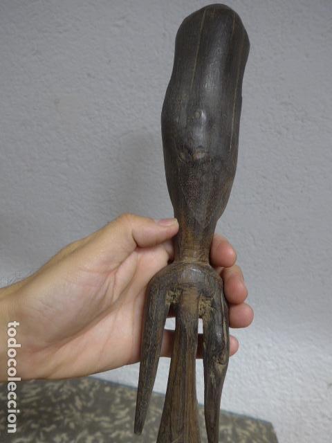 Arte: Antigua escultura figura de madera tallada africana, original, de tribu. - Foto 6 - 224044491
