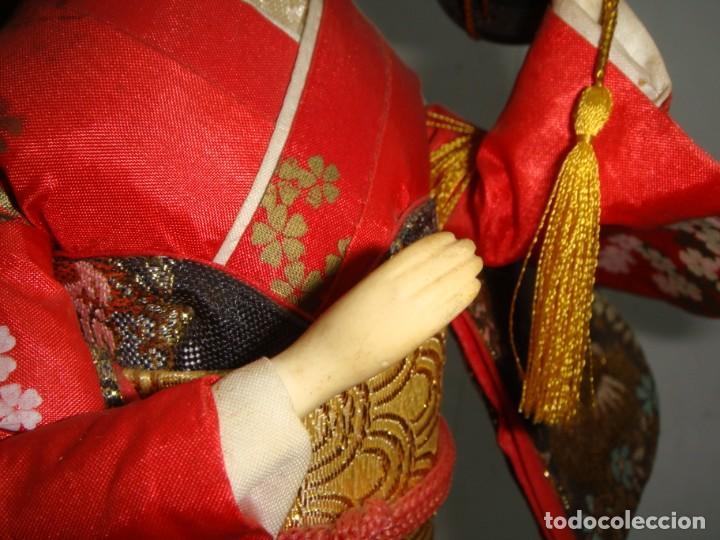 Arte: Antigua Muñeca Geisha. Cuerpo en Pasta de Ostras y Ojos en Cascaras de Vidrio. 31 cm de Altura. - Foto 10 - 45638830