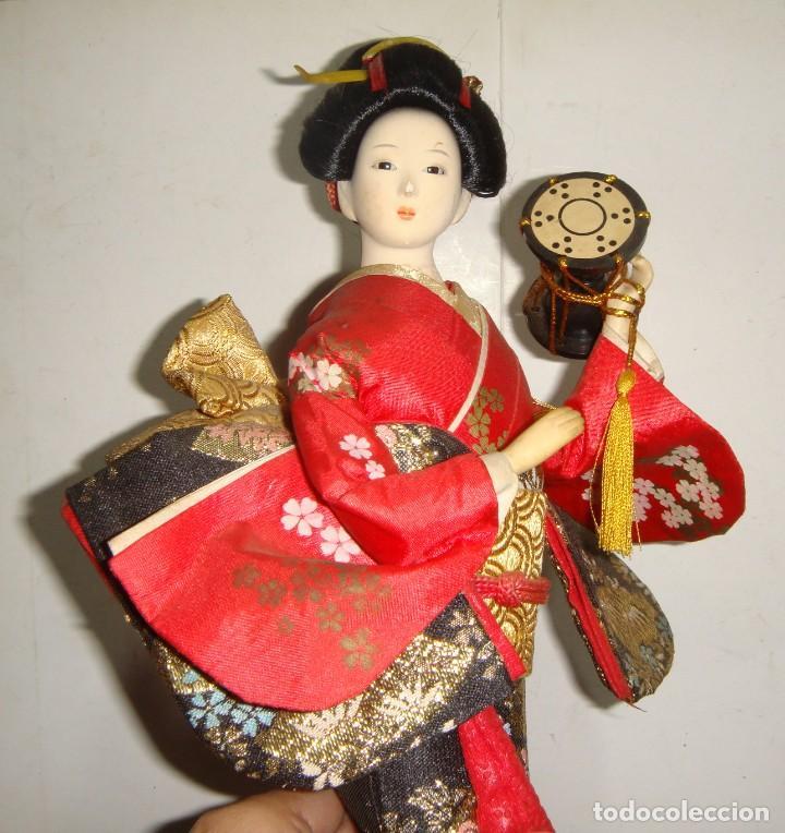 Arte: Antigua Muñeca Geisha. Cuerpo en Pasta de Ostras y Ojos en Cascaras de Vidrio. 31 cm de Altura. - Foto 12 - 45638830