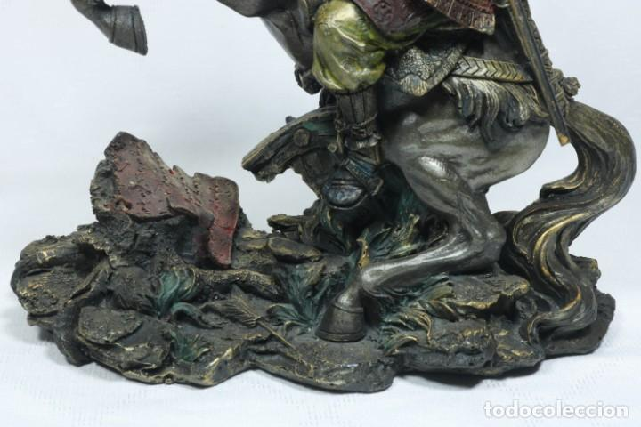 Arte: Escultura de un samurái vestido con la armadura tradicional y montado a caballo hecho en resina - Foto 16 - 228018525