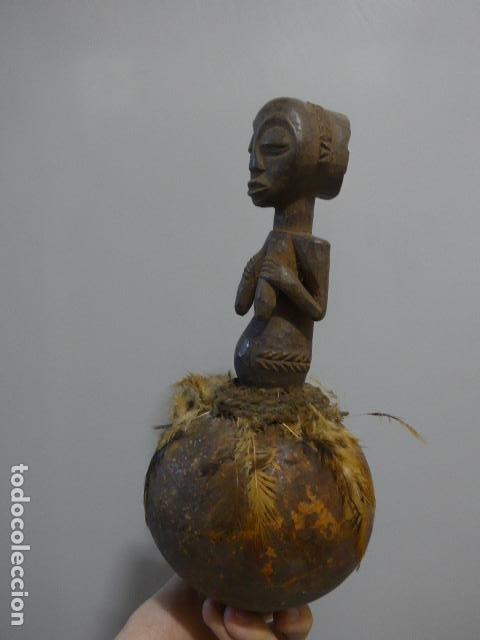 Arte: Antigua escultura fetiche figura de madera tallada africana, original, de tribu luba del congo - Foto 9 - 228479245