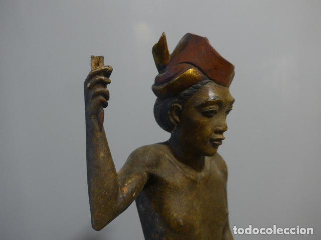 Arte: Antigua escultura de madera tallada asiatica, un pescador, original. - Foto 3 - 228480805