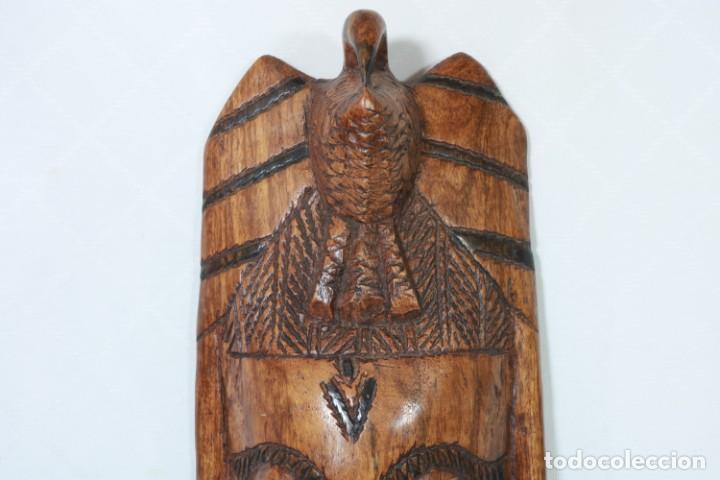Arte: Antigua máscara africana de madera tallada a mano - 42 cm - Foto 2 - 233167230
