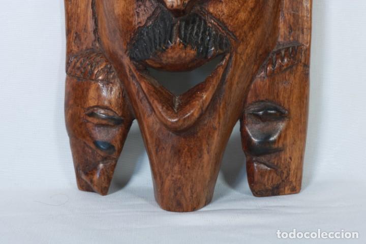 Arte: Antigua máscara africana de madera tallada a mano - 42 cm - Foto 4 - 233167230