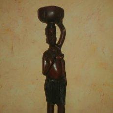 Arte: FIGURA ARTE AFRICANO SEÑORA CON CUENCO [AFRICAN ART SCULPTURE]. Lote 233641310