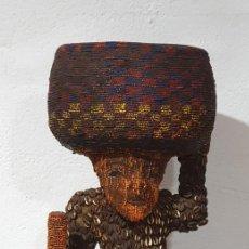 Arte: PERSONAJE BAMILEKE (CAMERÚN) ETNIA BAMUM - 83 CM.. Lote 236116635