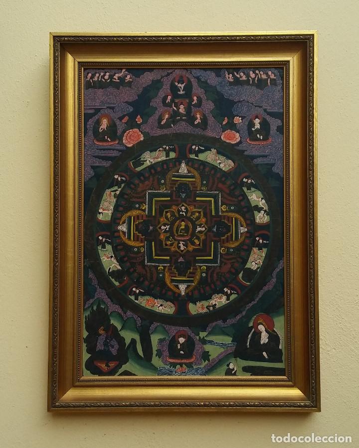 GRAN Y ANTIGUO MANDALA, THANGKA TIBETANO, PINTADO A MANO, ENMARCADO, SACRIFICIOS HUMANOS. 59 X 83 CM (Arte - Étnico - Asia)