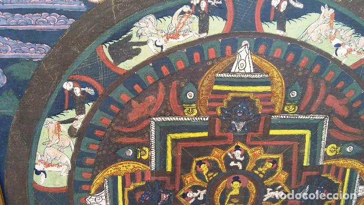 Arte: GRAN Y ANTIGUO MANDALA, THANGKA TIBETANO, PINTADO A MANO, ENMARCADO, SACRIFICIOS HUMANOS. 59 X 83 CM - Foto 7 - 237648595