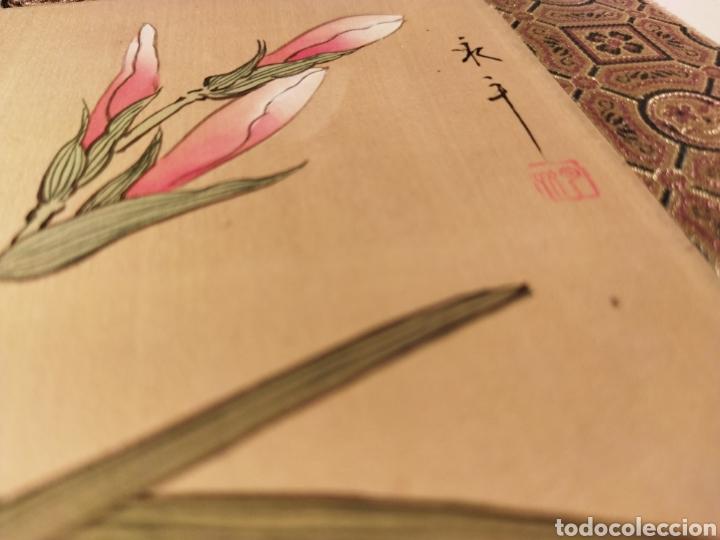 Arte: Antigua pintura china pintada a mano y enmarcada en seda - Foto 2 - 239510845