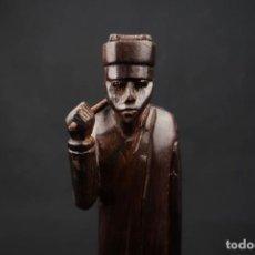 Arte: ANTIGUA FIGURA AFRICANA TALLADA EN MADERA. Lote 239868700