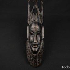 Arte: ANTIGUA FIGURA AFRICANA TALLADA EN MADERA. Lote 239870510