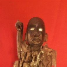 Arte: FETICHEDE CLAVOS NKISSI-NAKONDE ETNIA BAKONGO (ANTIGUO CONGO BELGA ) 1950-60 (35 X 18 X 12´5). Lote 241078290