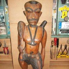 Arte: ESTATUA/ESCULTURA AFRICANA-CAZADOR. Lote 242415940