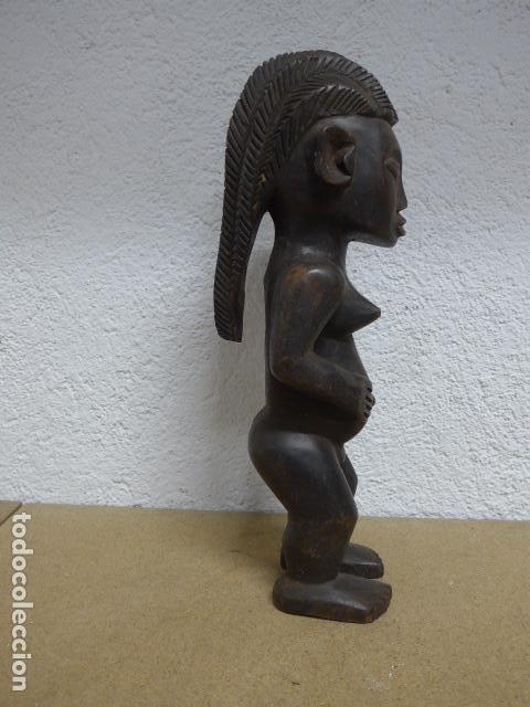 Arte: Antigua escultura figura de madera tallada africana, de tribu Lungu o Tabwa del congo o tanzania - Foto 2 - 243267175