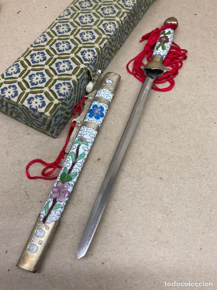 Arte: Katana decorativa con incrustaciones y cerámicas arte oriental - Foto 4 - 244474835