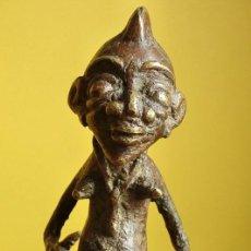 Arte: FIGURA DE METAL - ARTE AFRICANO - ESCULTURA PATINADA - ÉTNIA -. Lote 247805200