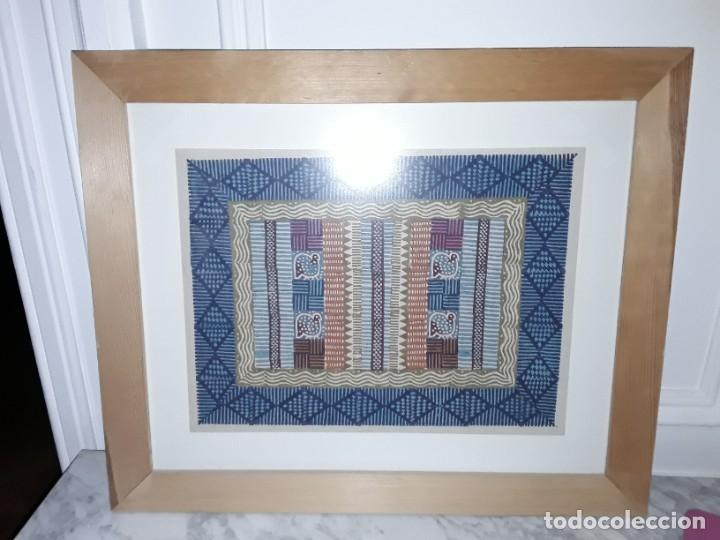 CUADRO CON DIBUJO SIMULANDO TELA AFRICANA (Arte - Étnico - África)