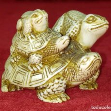 Arte: GRAN NETSUKE KATABORI. TORTUGA CARGANDO ANIMALES. ESTILO EDO. JAPÓN. SIGLO XIX-XX. Lote 257457890