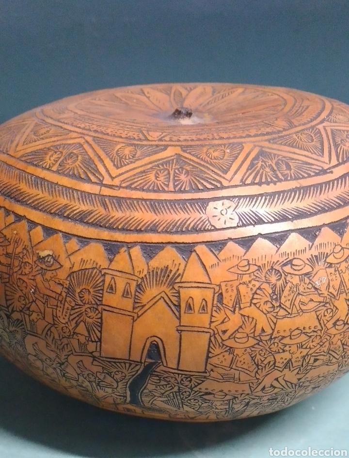 Arte: Calabaza arte cultura peruana tallada y grabada escenas vida y personajes nativos - Foto 2 - 261913710