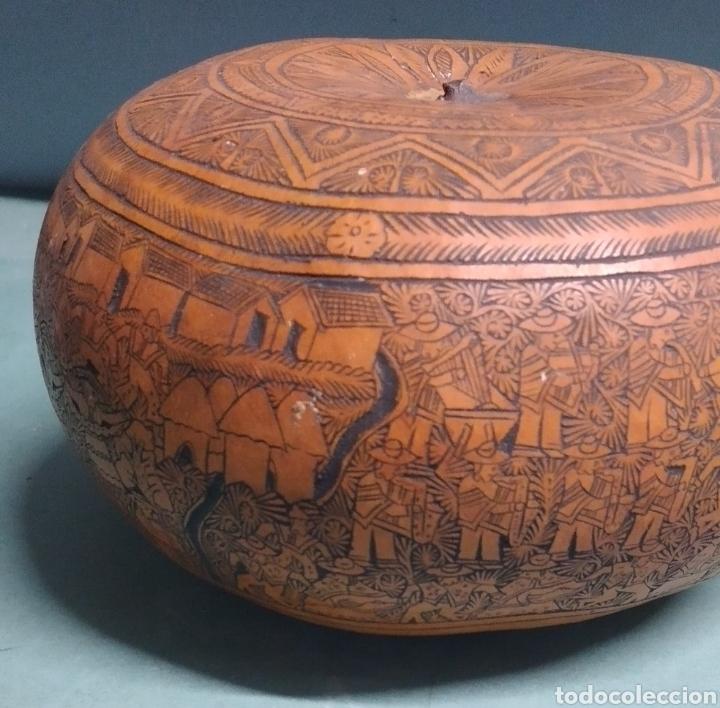 Arte: Calabaza arte cultura peruana tallada y grabada escenas vida y personajes nativos - Foto 5 - 261913710