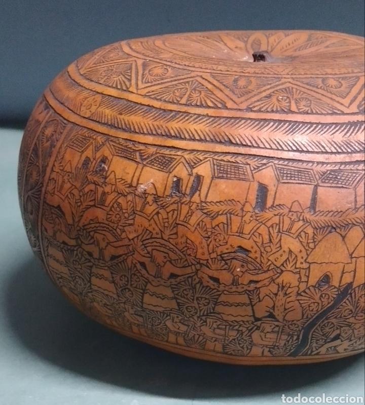 Arte: Calabaza arte cultura peruana tallada y grabada escenas vida y personajes nativos - Foto 6 - 261913710