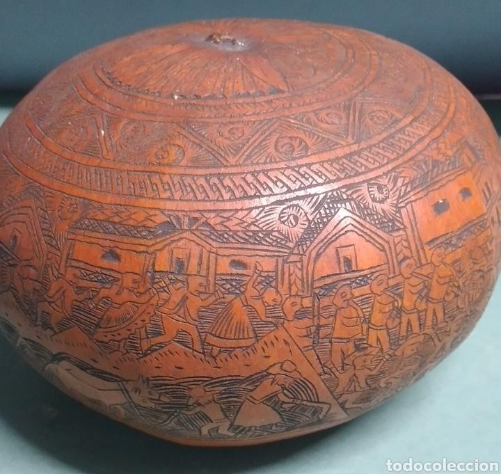 Arte: Calabaza arte cultura peruana tallada y grabada escenas vida y personajes nativos - Foto 4 - 261915470