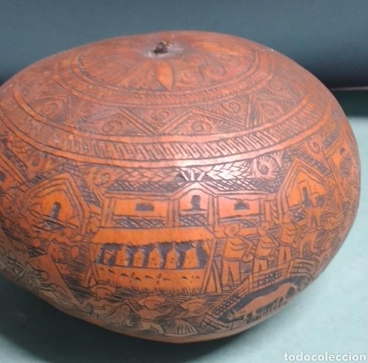Arte: Calabaza arte cultura peruana tallada y grabada escenas vida y personajes nativos - Foto 5 - 261915470