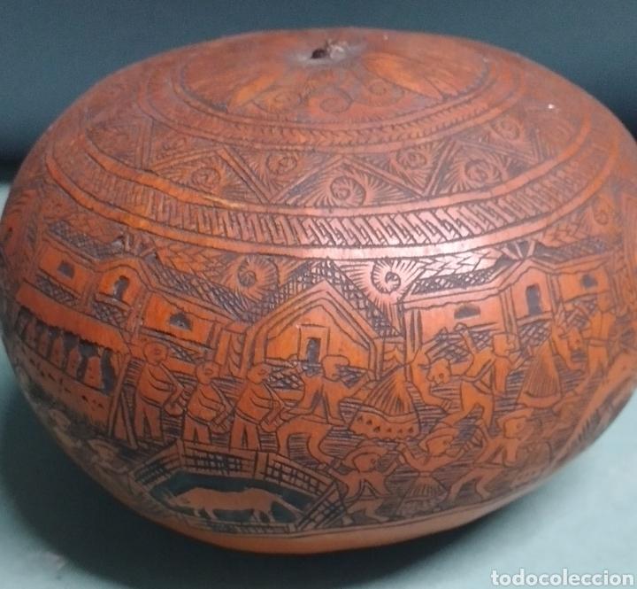 Arte: Calabaza arte cultura peruana tallada y grabada escenas vida y personajes nativos - Foto 9 - 261915470