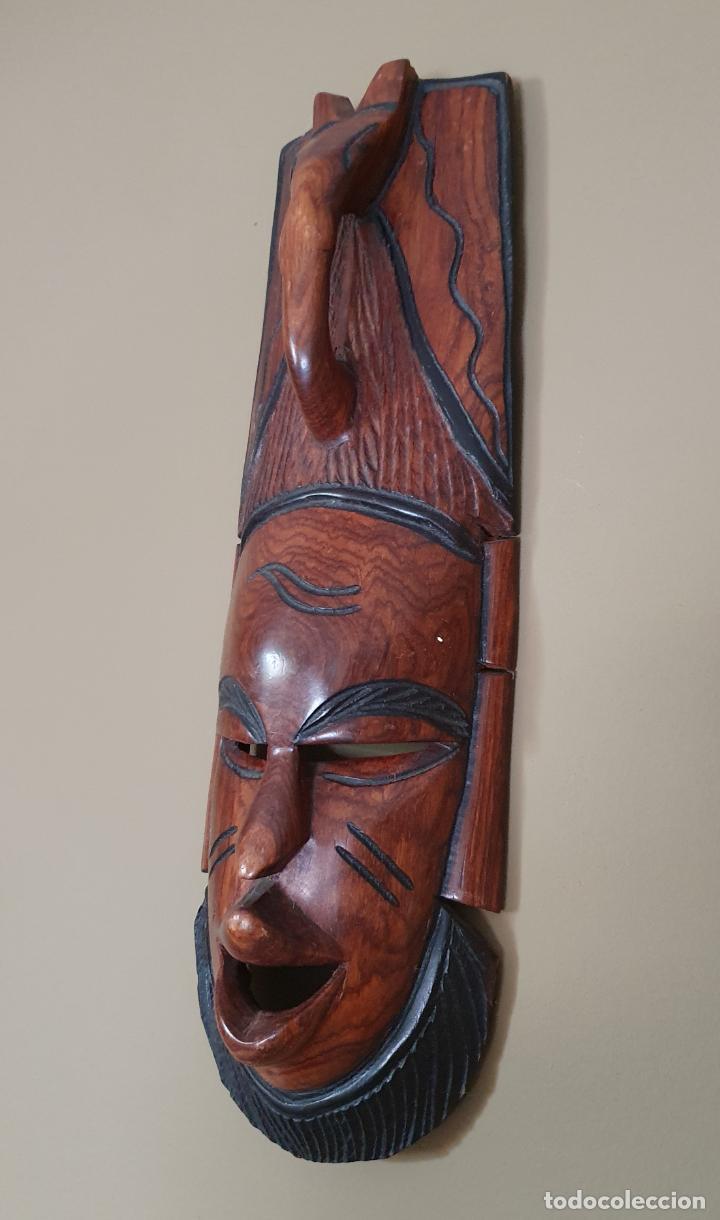 Arte: Gran máscara antigua africana en madera de caoba auténtica tallada a mano . - Foto 2 - 263189960