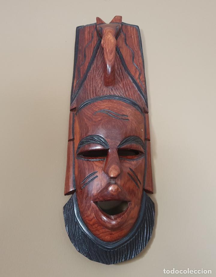Arte: Gran máscara antigua africana en madera de caoba auténtica tallada a mano . - Foto 3 - 263189960