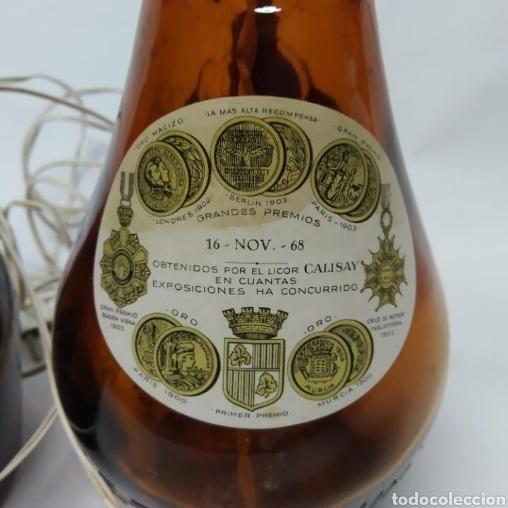 Arte: 2 lámparas de Botellas de Calisay, Arte Popular Funcional años 80, únicas, perfectas para decoración - Foto 7 - 265363089