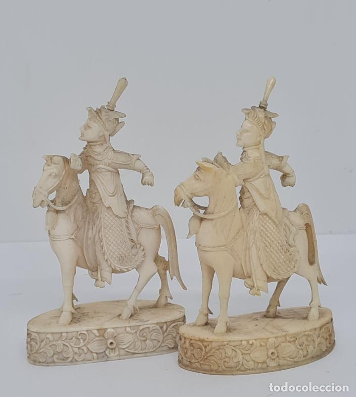 EXCEPCIONAL PAREJA DE JINETES A CABALLO ORIENTALES,CANTON,(CHINA),S.XIX (Arte - Étnico - Asia)