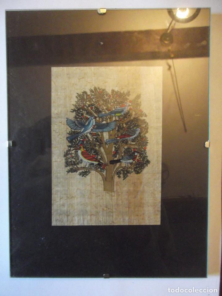 "Arte: Papiro con cristal "" aves en árbol "" 24 x 18 cm - Foto 2 - 267508149"