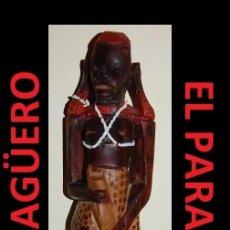 Arte: ANTIGUA Y AUTENTICA FIGURA AFRICANA TALLADA EN MADERA ES DE PRINCIPIO DEL SIGLO XX. Lote 267773369