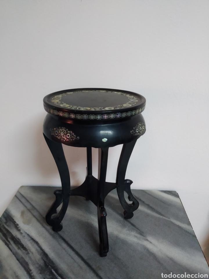 Arte: Antigua mesa china de Te ,lacada en negro y marquetería en nácar , - Foto 3 - 278621448