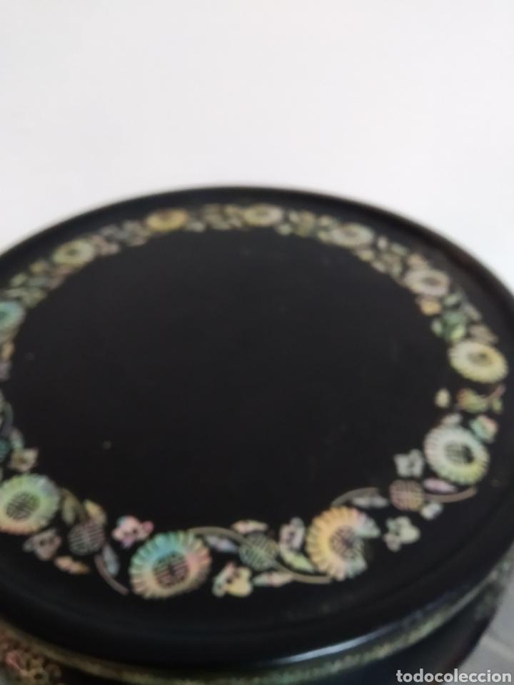 Arte: Antigua mesa china de Te ,lacada en negro y marquetería en nácar , - Foto 10 - 278621448
