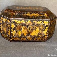 Arte: A CHINESE EXPORT BLACK AND GOLD LACQUERED TEA CADDY , 19TH , CAJA CHINA LACADA PARA EL TÉ DEL S. XIX. Lote 279551913